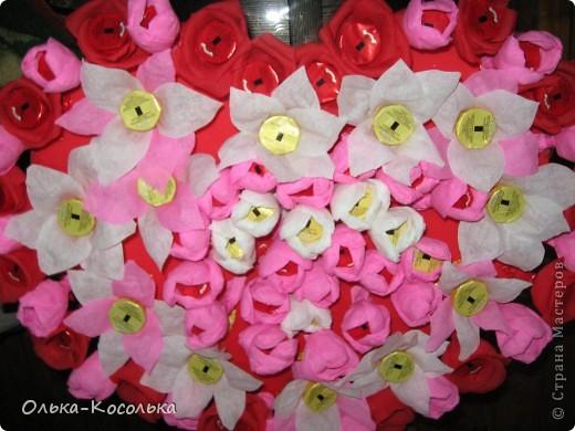 Вот такое цветочно-сладкое серце получилось у меня в подарок на День Рождения моему мужу. фото 2