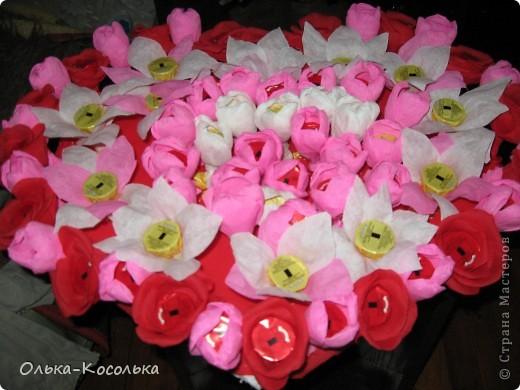 Вот такое цветочно-сладкое серце получилось у меня в подарок на День Рождения моему мужу. фото 1