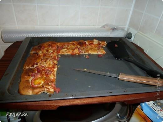 не прошло и 5 минут как вынула из духовки, но и это съели через минутку...