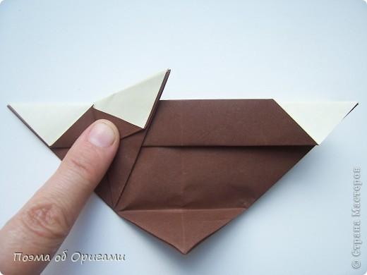 Наш сказочный щенок будет жить в корзинке сложенной в технике оригами, как и он сам.  Идея его создания забавного песика принадлежит Эдвину Кови, а вот корзинку придумал Альдо Патиниьяно. фото 45
