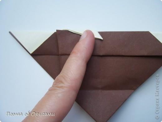 Наш сказочный щенок будет жить в корзинке сложенной в технике оригами, как и он сам.  Идея его создания забавного песика принадлежит Эдвину Кови, а вот корзинку придумал Альдо Патиниьяно. фото 47