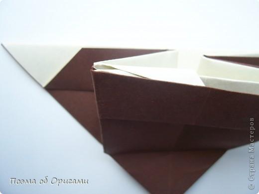 Наш сказочный щенок будет жить в корзинке сложенной в технике оригами, как и он сам.  Идея его создания забавного песика принадлежит Эдвину Кови, а вот корзинку придумал Альдо Патиниьяно. фото 48
