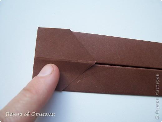 Наш сказочный щенок будет жить в корзинке сложенной в технике оригами, как и он сам.  Идея его создания забавного песика принадлежит Эдвину Кови, а вот корзинку придумал Альдо Патиниьяно. фото 53