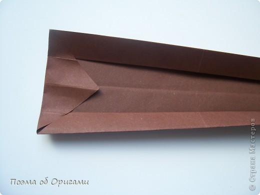 Наш сказочный щенок будет жить в корзинке сложенной в технике оригами, как и он сам.  Идея его создания забавного песика принадлежит Эдвину Кови, а вот корзинку придумал Альдо Патиниьяно. фото 54