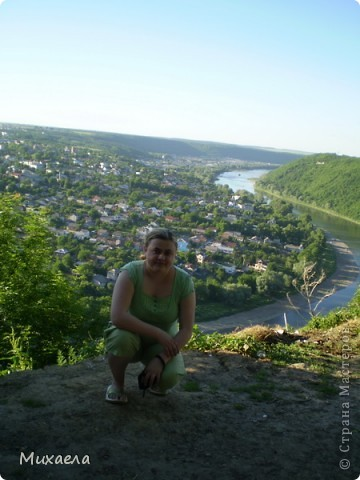 Я живу в городе Черновцы, но на этой неделе была возможность посетить село Крещатик, Черновицкая область.В этом селе очень красиво. фото 1