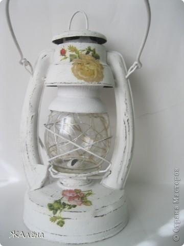Вот такую красивую,старую,но очень ржавую лампу мне подарили... фото 7