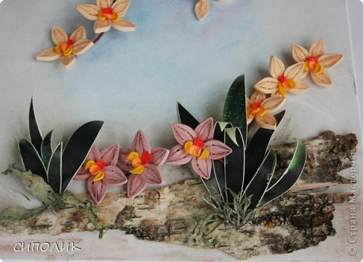 Ночь благополучно закончилась, луна ушла на покой, в тропиках наступило утро.... А орхидеи продолжают цвести и радовать нас своей красотой. Эту работу я сделала в подарок своей любимой крестнице. Помните, в прошлом году для неё я делала клематисы?  Надо сказать,что они весь год честно занимали самое видное место в квартире.Интересно займут ли это место орхидеи? Посмотрим. фото 4