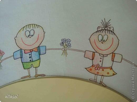 В субботу в школе был выпускной для 9 классов. Вот такой волшебный цветок мы сделали в подарок школе.  Сейчас он стоит в вестибюле.  фото 21