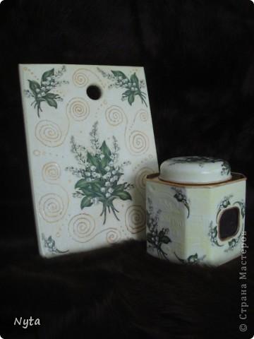 Наборчик (досочка и банка с чаем) в подарок для бабушки. Она очень любит ландыши! ;) фото 4