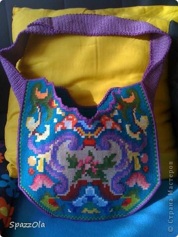 сумка связана из шерсти, затем постирана в стиральной машине. лямки покупные. внутри подкладка с большим карманом фото 4