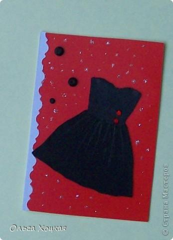 Давно заглядывалась на Ваши платьица, и вот тоже решилась попробовать. Маленькое черное платье для коктейля. Сейчас лето, отпуска и для романтического вечера - коротенькое, легенькое платье из черного шелка. Фасоны разные, но право первого выбора у тех, кому я должна Nataliasanna и ...КсЮша... фото 2