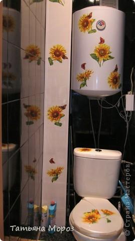 Не знаю, к ак у Вас, а у нас, на Украине цветут .... холодильники!!!!! Такой он был БЕЛЫЙ.... аж противно... и вот, решил зацвести подсолнухами... фото 3