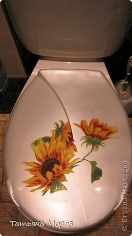 Не знаю, к ак у Вас, а у нас, на Украине цветут .... холодильники!!!!! Такой он был БЕЛЫЙ.... аж противно... и вот, решил зацвести подсолнухами... фото 4