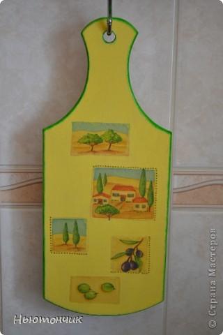 Подруге на новоселье решила сделать такую досочку в цветах ее кухни :) фото 1