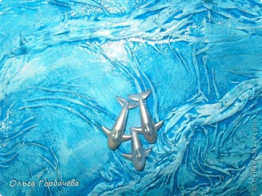 Драппировка основы получилась интересной,как картина,поэтому использовала минимальное колличество деталей. фото 3