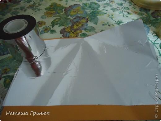 Сегодня я делаю свою первый в моей жизни мастер класс,хотя можно даже сказать сразу два МК,один по изготовлению формочки для будощего арбуза,а второй сама заливка свечи.На фото арбузик, который должен получиться в конечном результате. фото 3