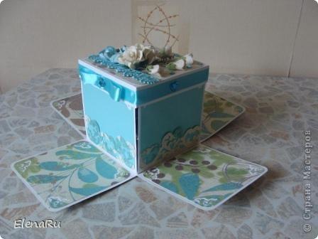 Сходила соседка на свадьбу, подарила свадебную коробочку (http://stranamasterov.ru/node/203315) и когда ее увидели гости, то сразу же захотели еще на одну свадьбу подарить такую же! Клонировала коробочку я полностью, только цвет другой фото 4