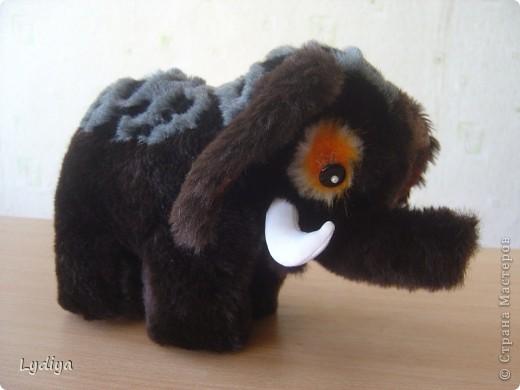 Мои мягкие игрушки-зверушки (ВЫКРОЙКИ игрушек прилагаются) фото 2