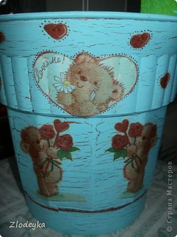 Живет у меня фикус,старый вазон тесным стал и захотелось сделать ему новый и красивый. фото 10