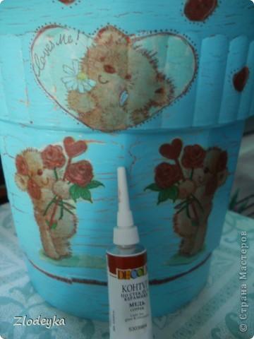 Живет у меня фикус,старый вазон тесным стал и захотелось сделать ему новый и красивый. фото 9