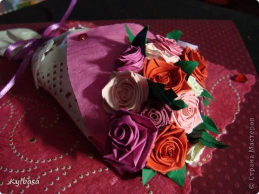Вот такой розовый букетик сделан на заказ. Заказчица еще не видела - первым жителям Страны хвалюсь :) фото 6