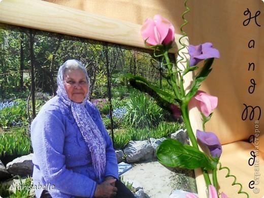 Приветствую всех! Представляю Вам еще одну рамочку, оформленную цветами из холодного фарфора.  фото 5