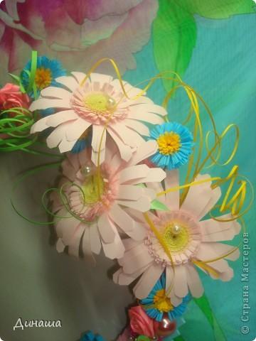 Очередная рамочка, на этот раз с герберами. Обожаю эти цветы, жаль, что рамку пришлось отдать, делала на заказ. фото 2