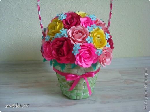Корзиночку с розами сделала для мамы на день рождение   фото 3
