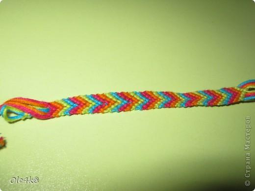 фенечки из мулине  браслет дружбы (косое плетение) фото 2