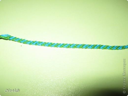 фенечки из мулине  браслет дружбы (косое плетение) фото 3