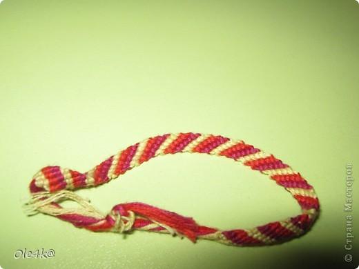 фенечки из мулине  браслет дружбы (косое плетение) фото 10