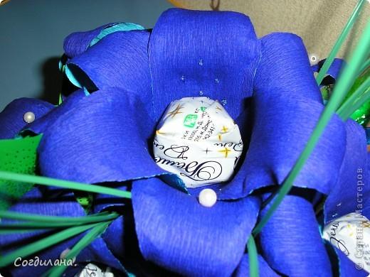 Еще раз всем привет!!!!!Вот сегодня доделала букетик из  невиданных ранее по цвету лилий)) фото 4