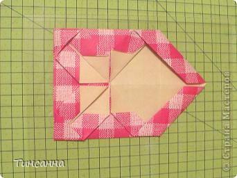 Предлагаю сделать такой альбом-ширмочку. тем, кто не знаком с базовыми формами оригами,сначала советую научиться делать Блинчик и Дверь. См. здесь http://stranamasterov.ru/node/128237  и http://stranamasterov.ru/node/128232 фото 11