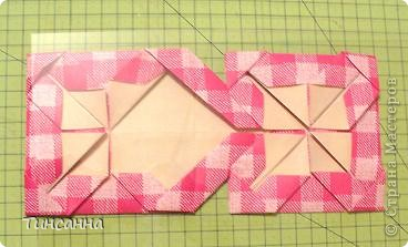 Предлагаю сделать такой альбом-ширмочку. тем, кто не знаком с базовыми формами оригами,сначала советую научиться делать Блинчик и Дверь. См. здесь http://stranamasterov.ru/node/128237  и http://stranamasterov.ru/node/128232 фото 12