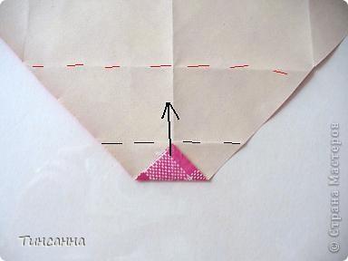 Предлагаю сделать такой альбом-ширмочку. тем, кто не знаком с базовыми формами оригами,сначала советую научиться делать Блинчик и Дверь. См. здесь http://stranamasterov.ru/node/128237  и http://stranamasterov.ru/node/128232 фото 6