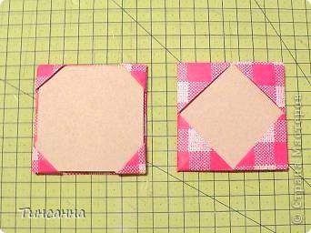 Предлагаю сделать такой альбом-ширмочку. тем, кто не знаком с базовыми формами оригами,сначала советую научиться делать Блинчик и Дверь. См. здесь http://stranamasterov.ru/node/128237  и http://stranamasterov.ru/node/128232 фото 14