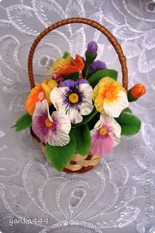 Очень люблю эти цветочки и решила попробовать их сделать из ХФ. фото 3