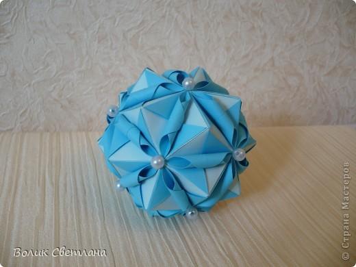 Моя любимая Томоко Фусе. Теперь в голубом виде. Книга Tomoko Fuse - Floral Globe Origami  стр.38-39 фото 1
