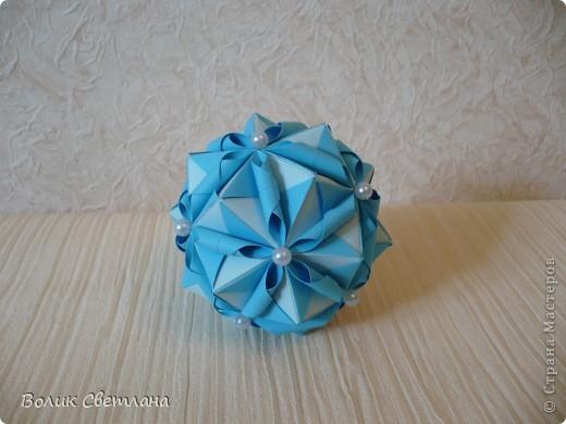 Моя любимая Томоко Фусе. Теперь в голубом виде. Книга Tomoko Fuse - Floral Globe Origami  стр.38-39 фото 2