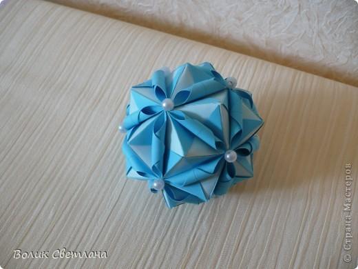 Моя любимая Томоко Фусе. Теперь в голубом виде. Книга Tomoko Fuse - Floral Globe Origami  стр.38-39 фото 3
