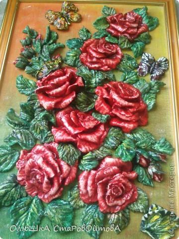 Ну вот и у меня выросли розы.....только из теста. Картина небольшая 25на 30см. фото 1