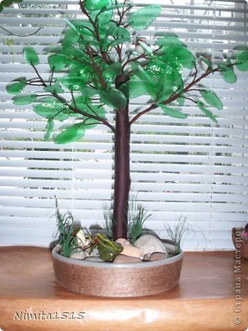 Дерево из пластиковой бутылки и бисера фото 1