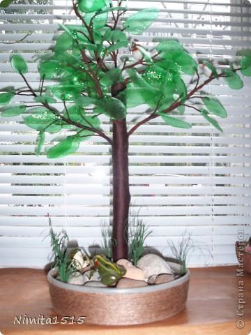 Дерево из пластиковой бутылки и бисера фото 2