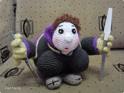 Бабуля-савта Лея. Савта на иврите бабушка,вот и появилась савта Лея по МК авторской работы luvalensia с сайта Сатилина,за что ей огромное спасибо. Бабуля и повязать может,и ноготочки подпилить. фото 1