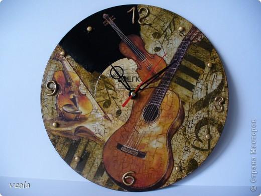 Часы из пластинки фото 1