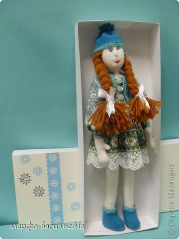 Куклу шила на заказ для маленькой девочки.Как всегда бросила все дела и окунулась в работу с головой. фото 5