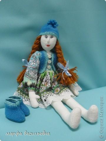 Куклу шила на заказ для маленькой девочки.Как всегда бросила все дела и окунулась в работу с головой. фото 7