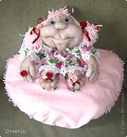 Ура!!!! Насмотрелась мастер классов Елены (pawy в стране мастеров) и вот воодушевилась на создание куколки. Вот такая у меня получилась девчушка)))) Я назвала её Розочкой. Делюсь с вами радостью)))) фото 1