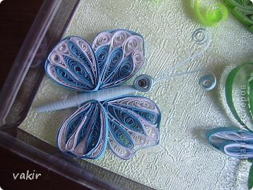 На создание этой композиции меня вдохновили синие цветы Ольги V  http://stranamasterov.ru/node/170589?c=favorite , правда, я их сделала по-своему. Поместила я её в коробку из-под конфет, которую рука не поднялась выбросить, вдруг пригодится... Вот и пригодилась! фото 6