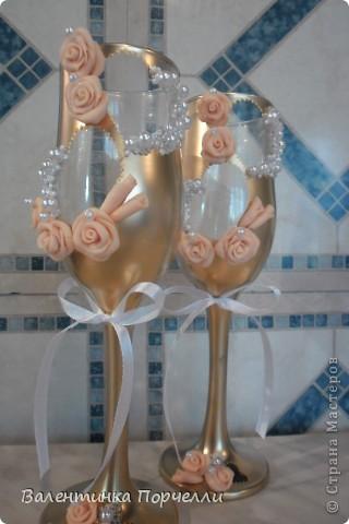 На этом фото розы смотрятся,как белые.Но я их перепекла.И оттенок у них получился очень красивый. фото 8